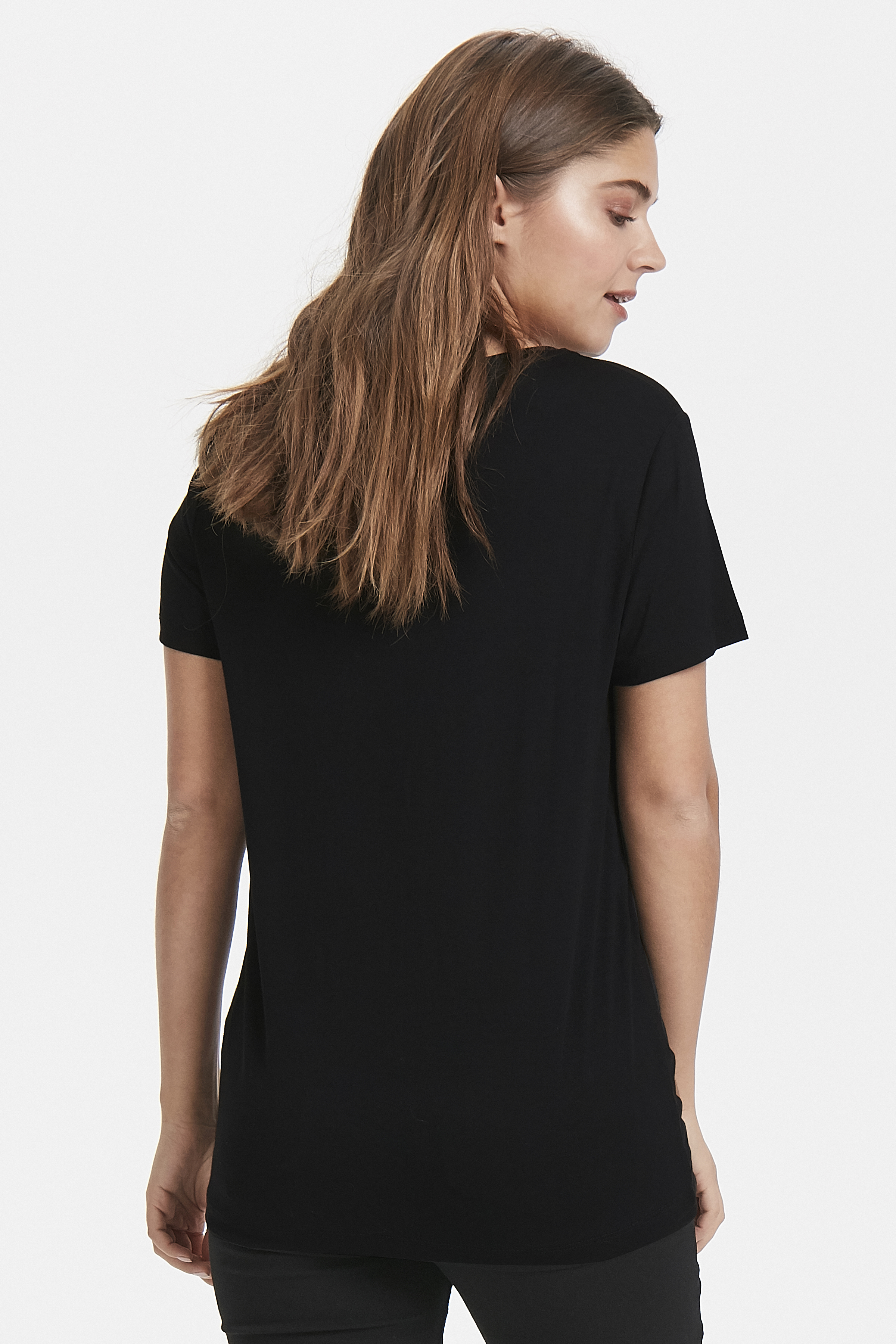 Black combi 1 T-shirt från b.young – Köp Black combi 1 T-shirt från storlek XS-XL här
