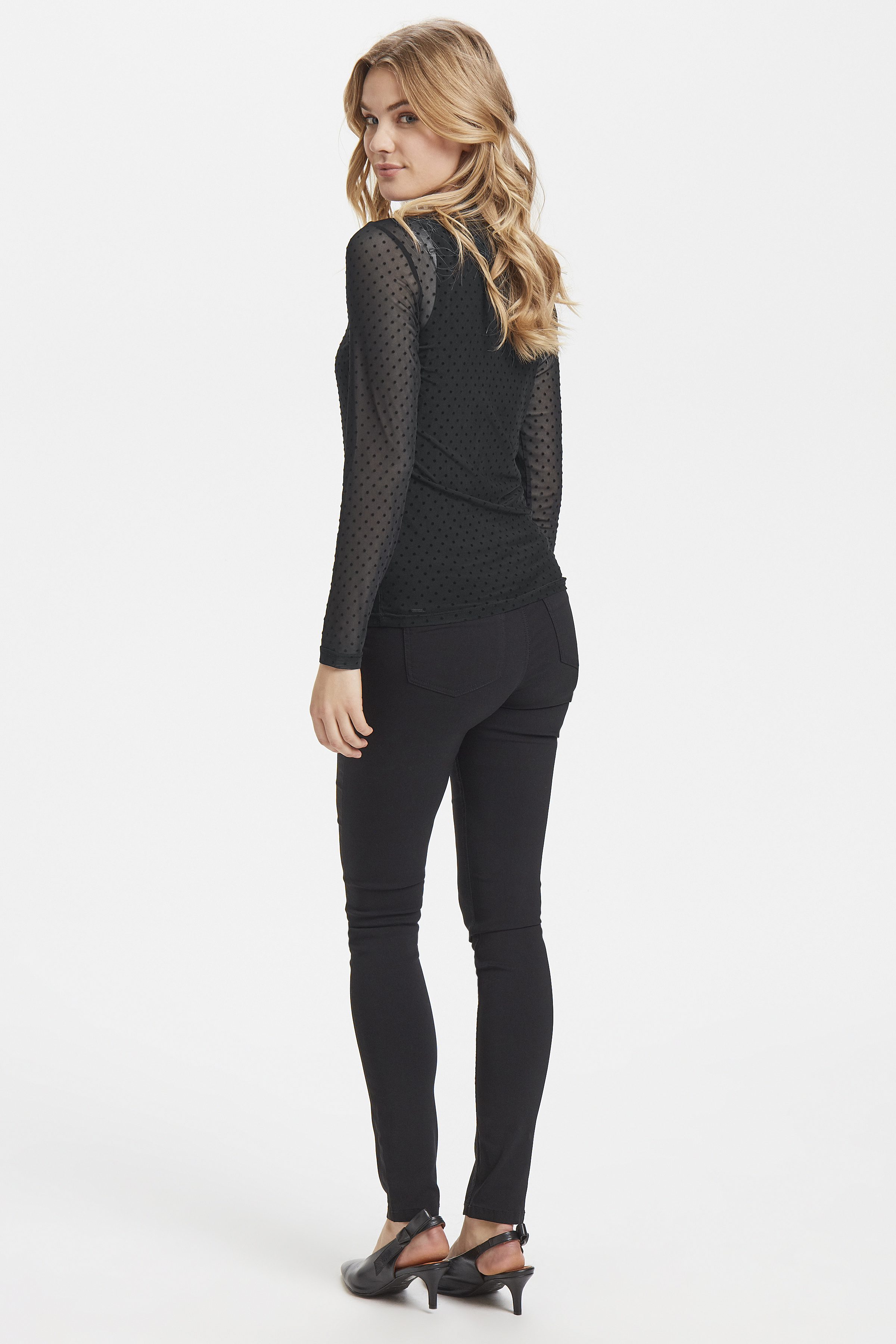 Black dot Combi 1 Langermet bluse fra b.young - Kjøp Black dot Combi 1 Langermet bluse fra størrelse XS-XL her