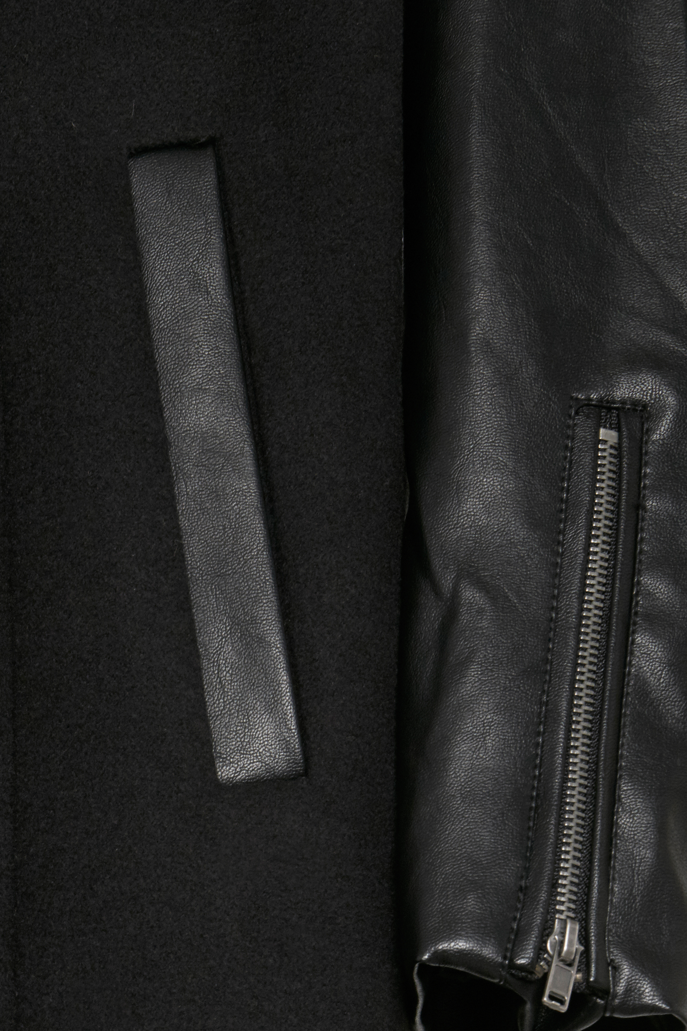 Black Outerwear from b.young – Buy Black Outerwear from size 36-46 here