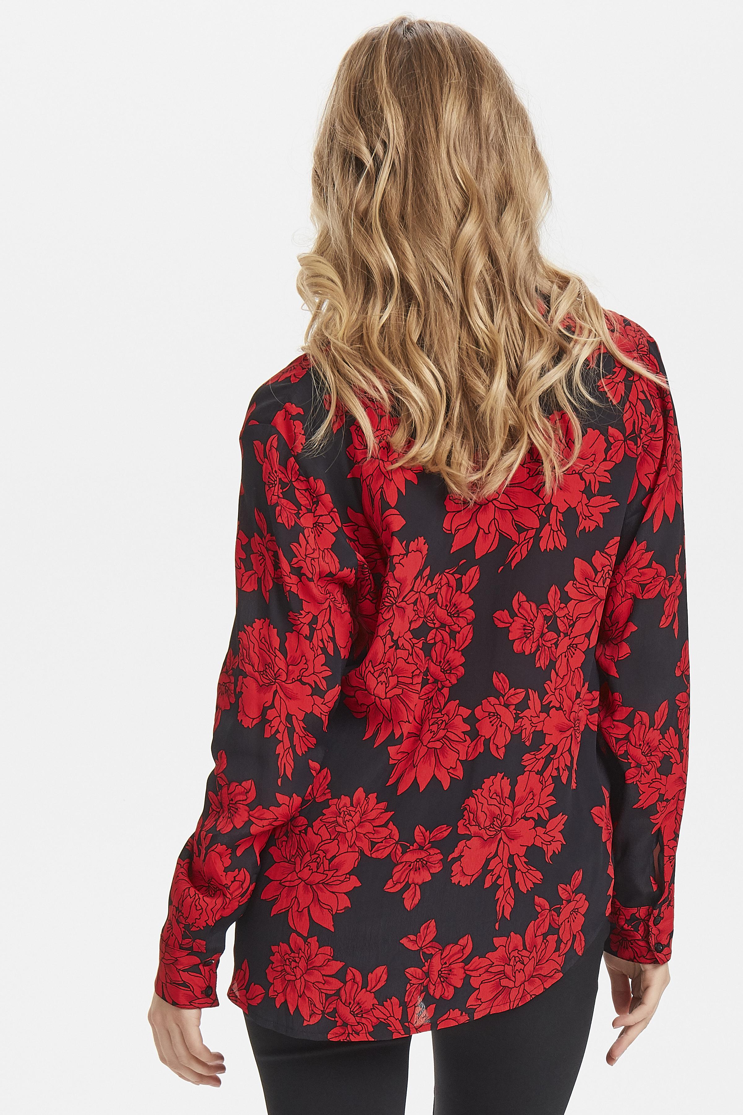 Black w. red flower Långärmad skjorta från b.young – Köp Black w. red flower Långärmad skjorta från storlek 36-44 här