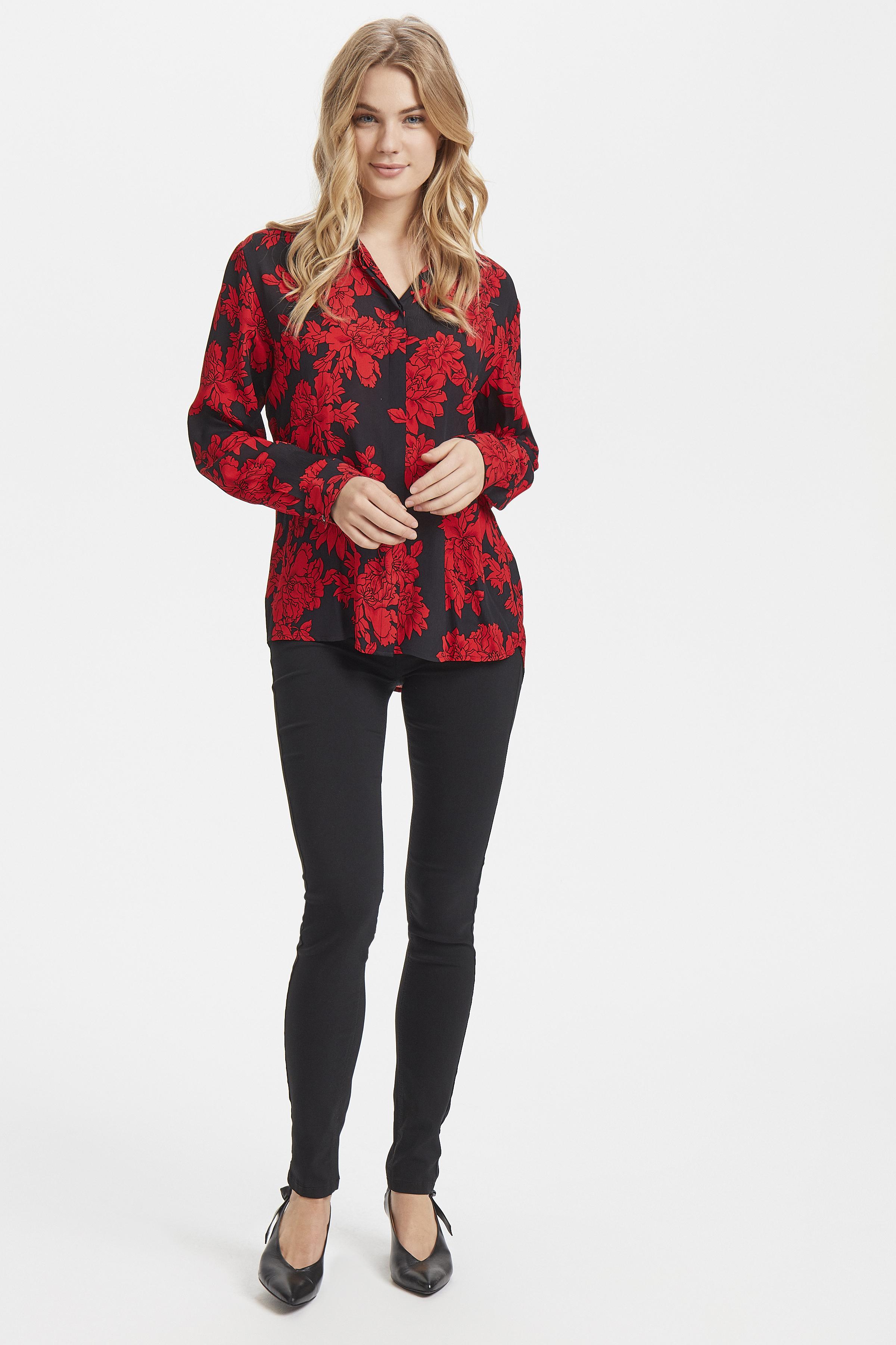 Black w. red flower