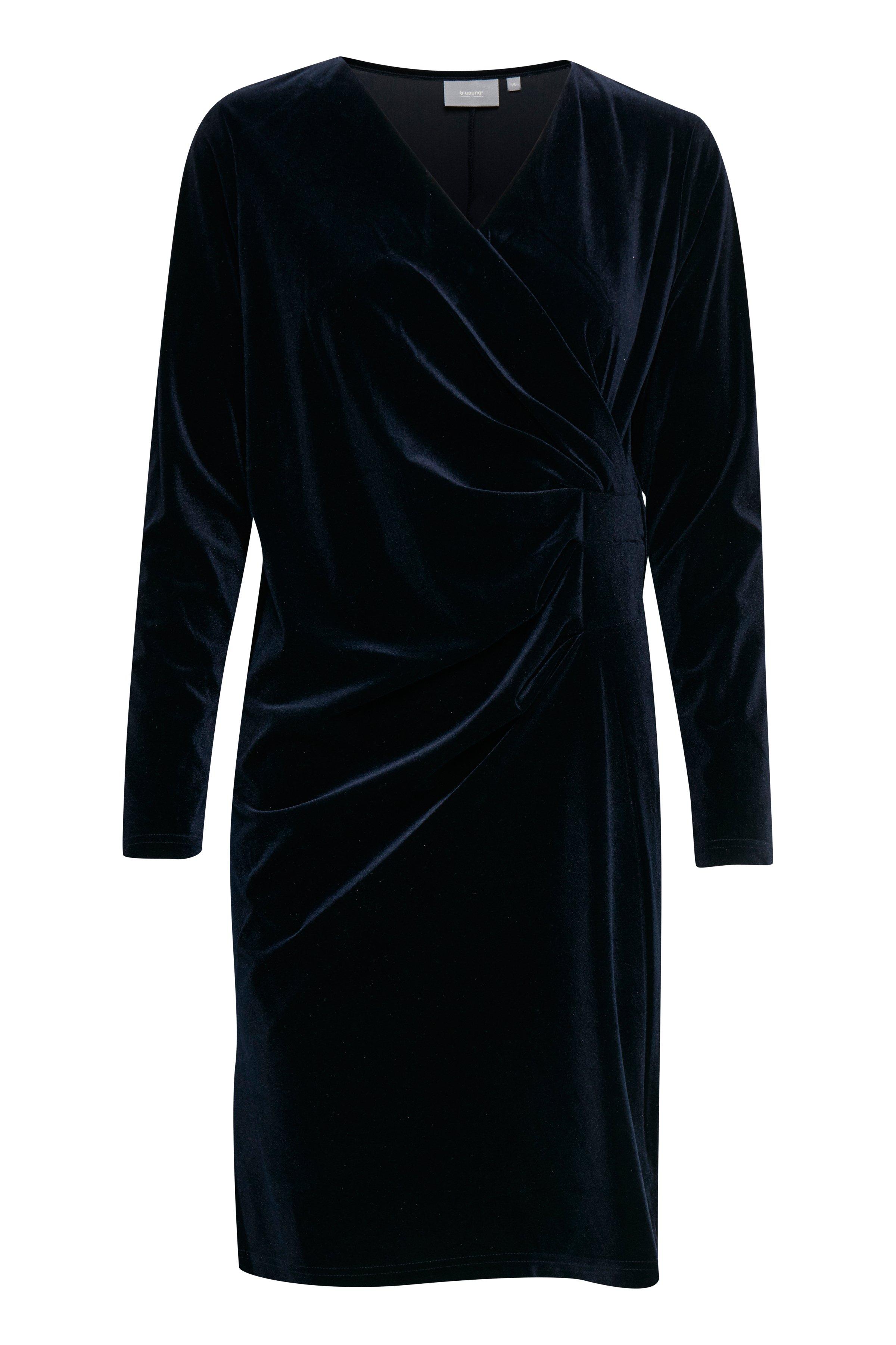 Copenhagen Night Jerseykleid von b.young – Kaufen Sie Copenhagen Night Jerseykleid aus Größe XS-XL hier