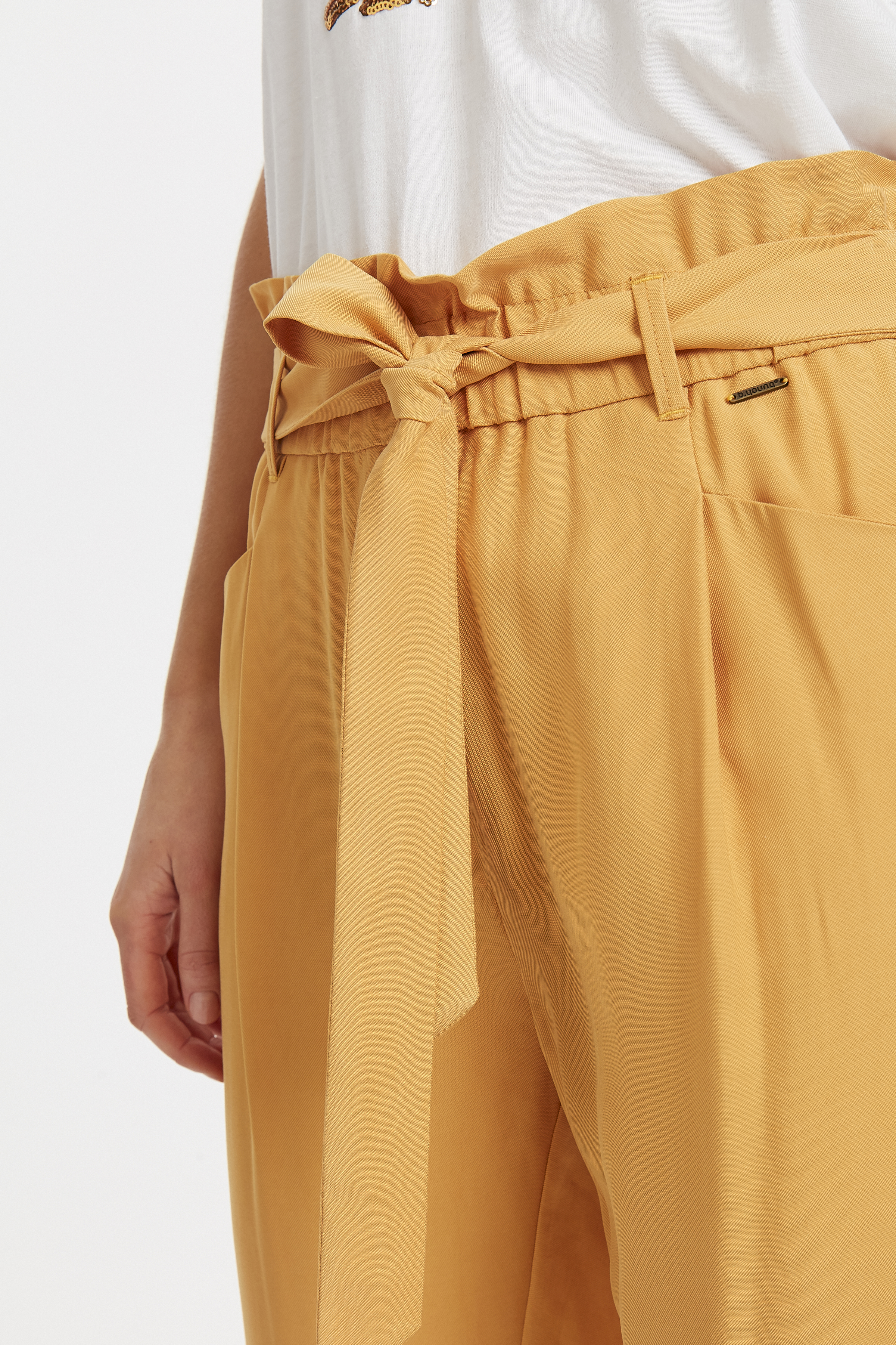 Golden Glow Pants Casual fra b.young – Køb Golden Glow Pants Casual fra str. 34-44 her