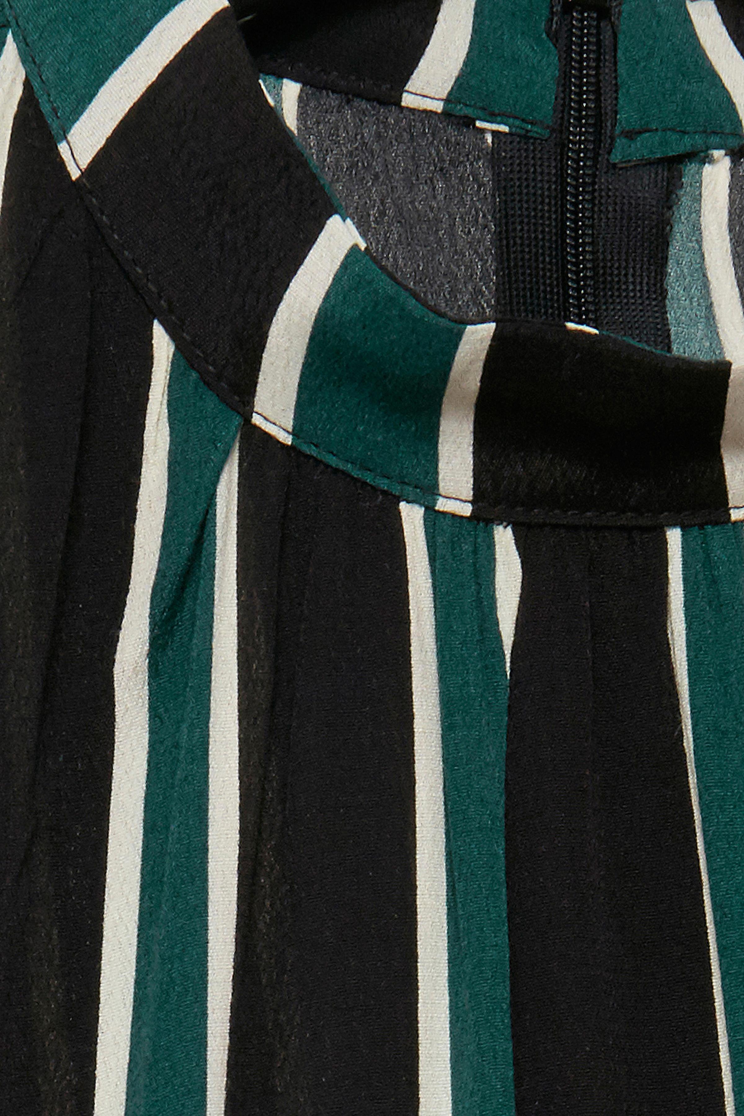Majestic Green combi Kortermet bluse fra b.young - Kjøp Majestic Green combi Kortermet bluse fra størrelse 36-46 her