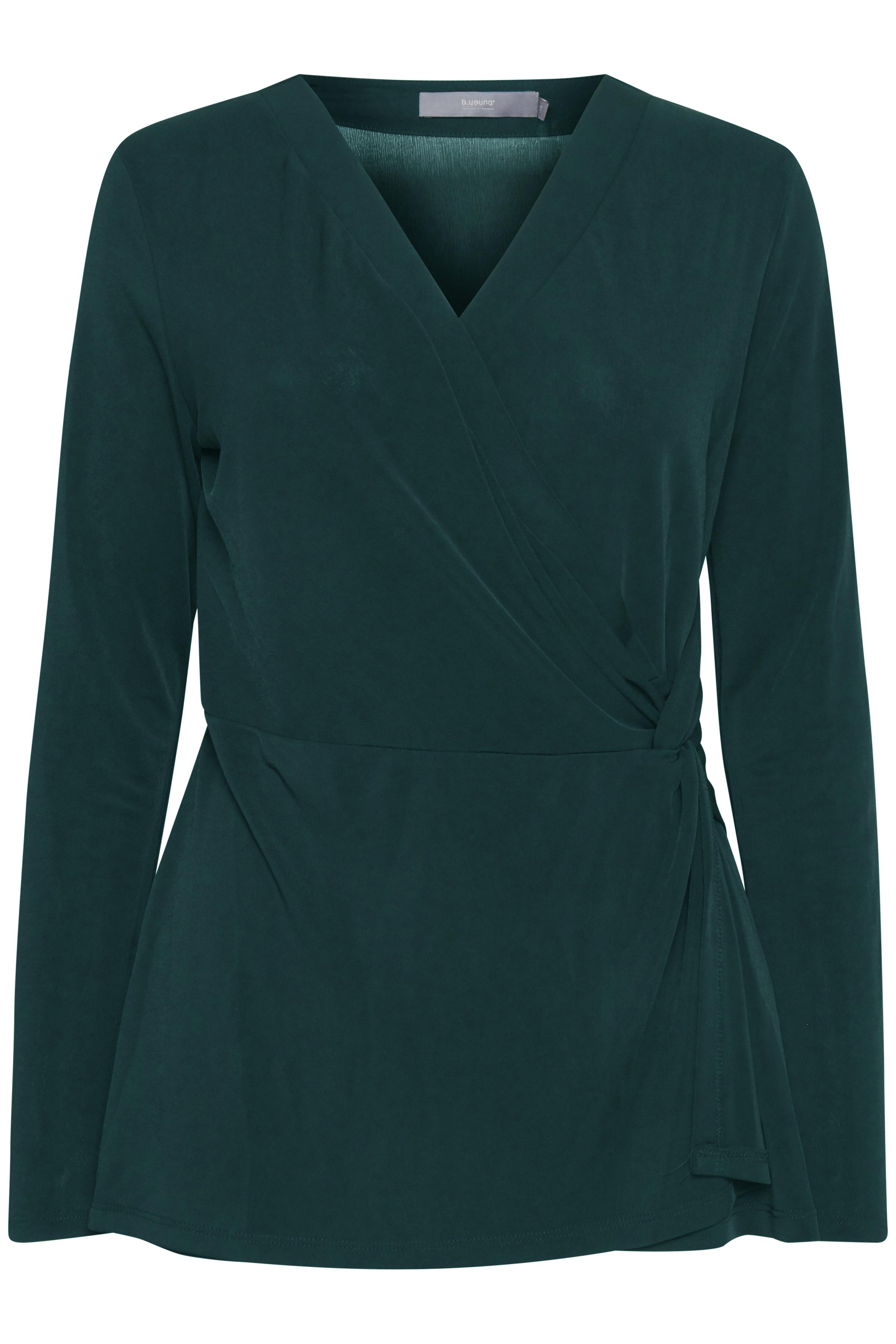 Majestic Green Langærmet T-shirt fra b.young – Køb Majestic Green Langærmet T-shirt fra str. XS-XL her