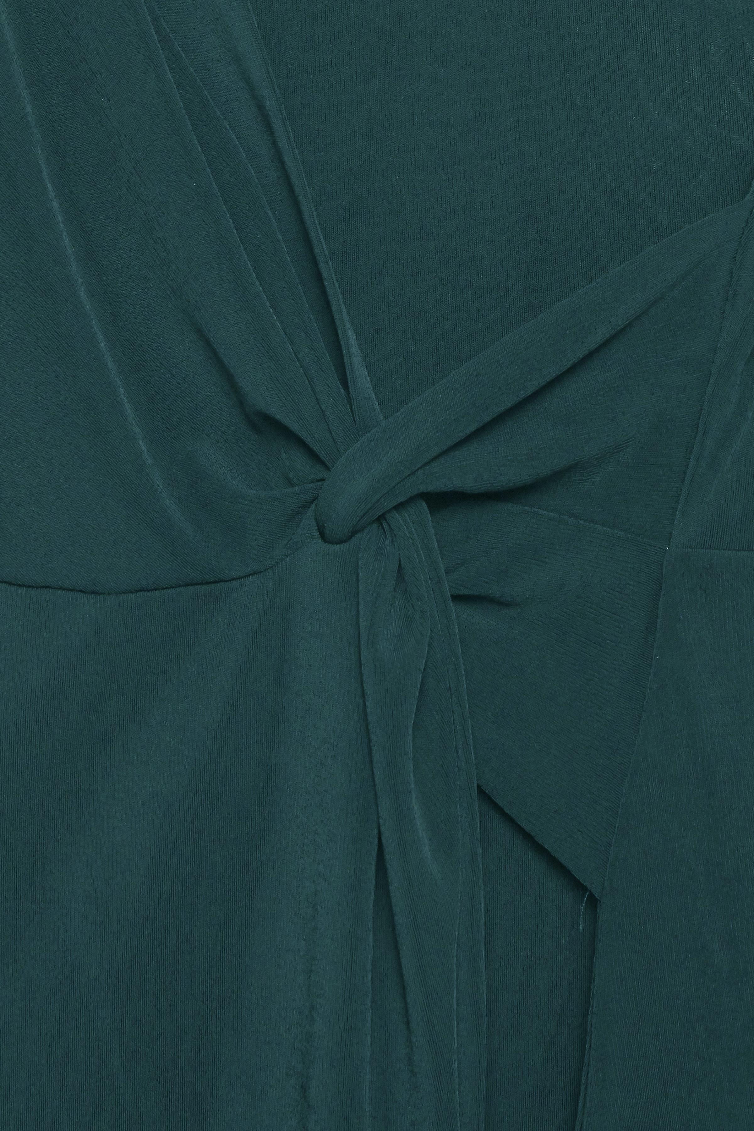 Majestic Green Langarm-Shirt von b.young – Kaufen Sie Majestic Green Langarm-Shirt aus Größe XS-XL hier