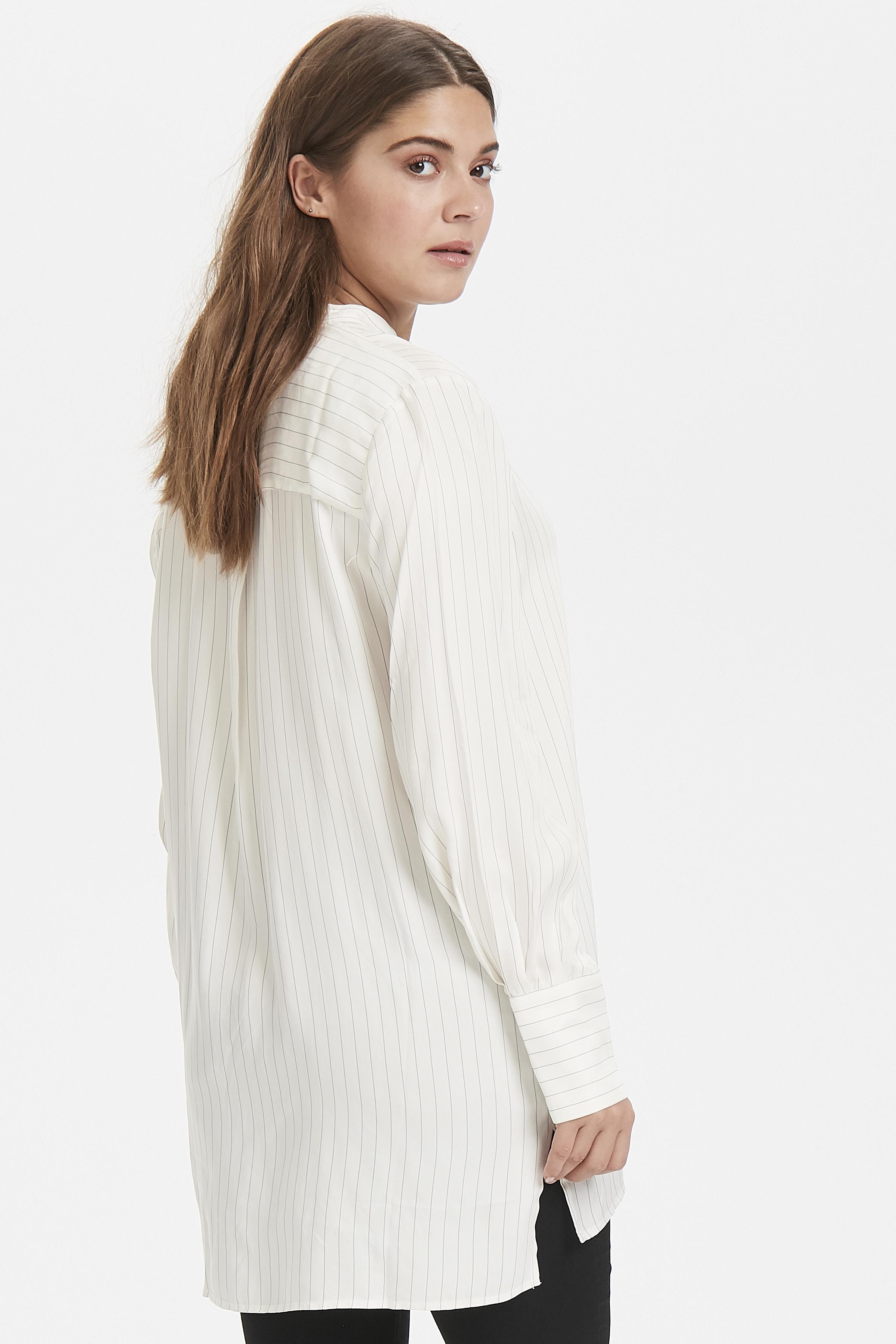 Off White Långärmad skjorta från b.young – Köp Off White Långärmad skjorta från storlek 36-46 här