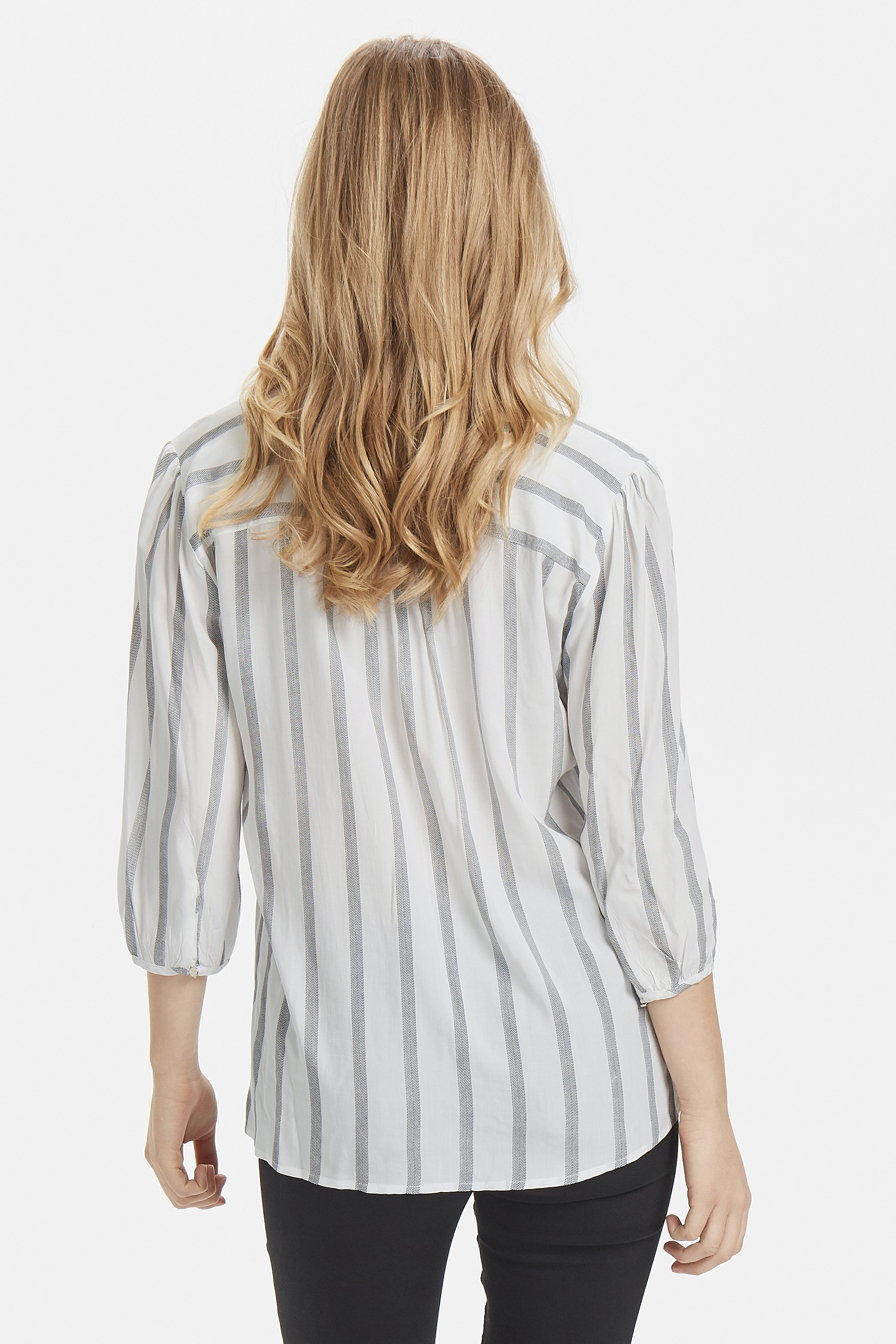 Off White Langærmet skjorte fra b.young – Køb Off White Langærmet skjorte fra str. 34-42 her