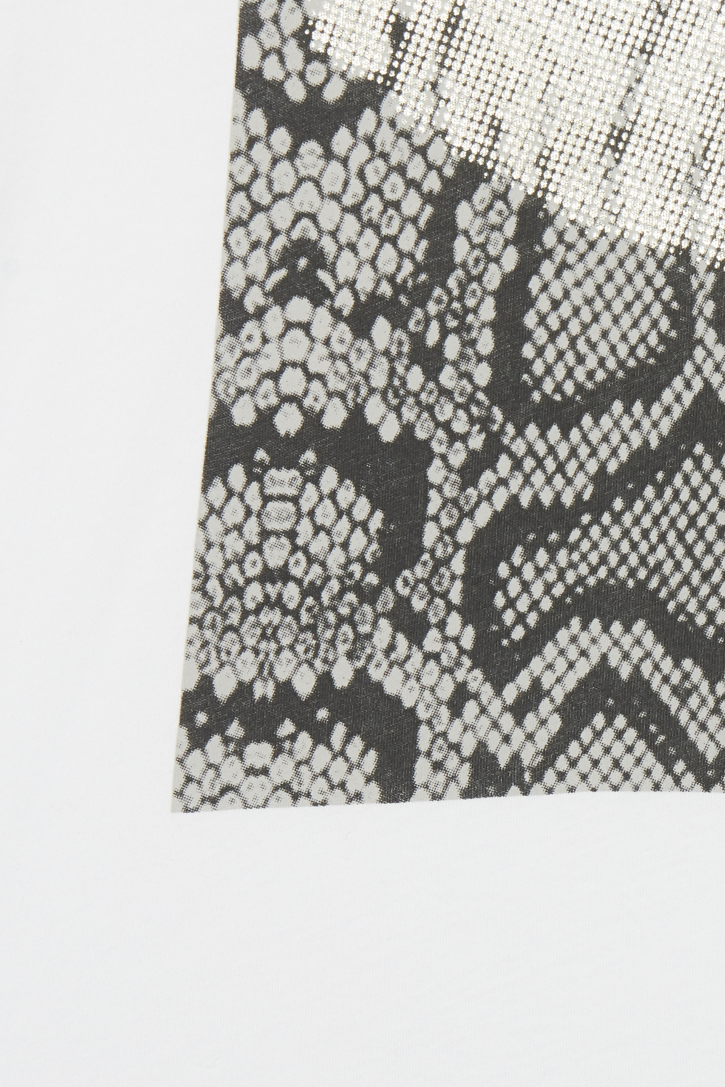 Optical White T-shirt fra b.young – Køb Optical White T-shirt fra str. XS-XL her
